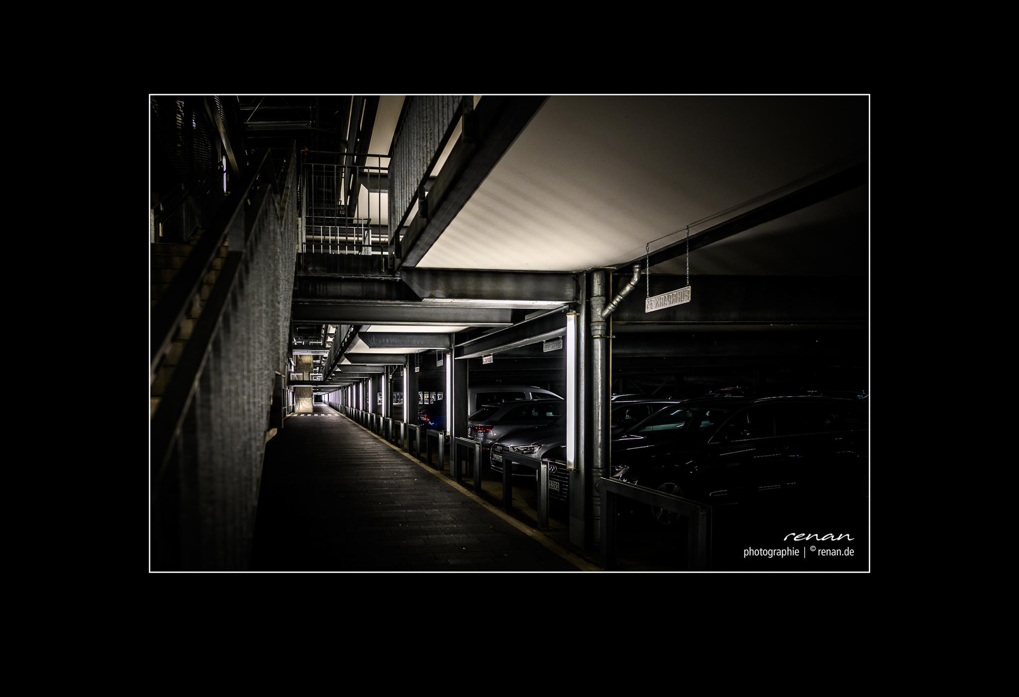 2020-02-25-street-night-2
