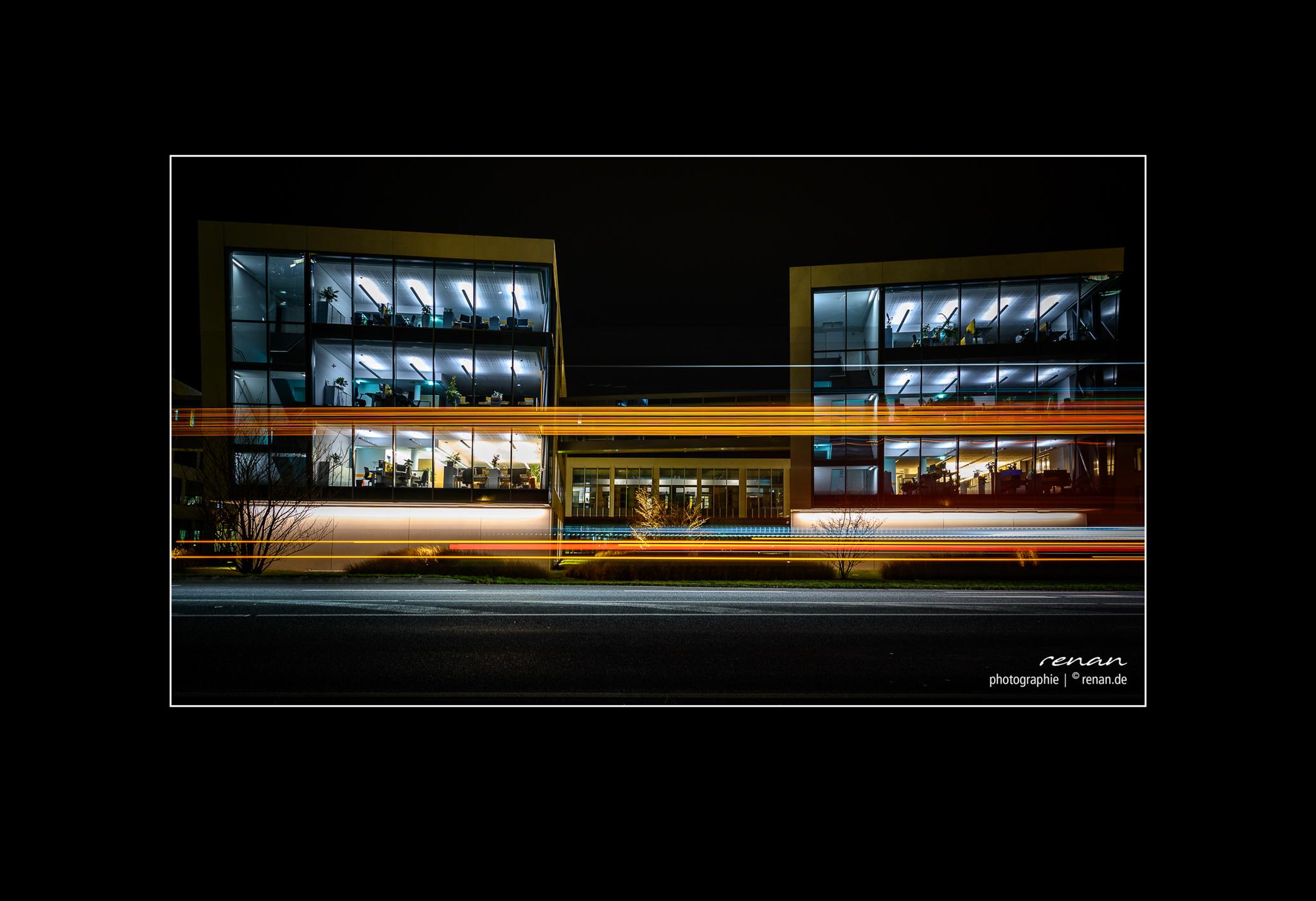 2020-02-25-street-night-7
