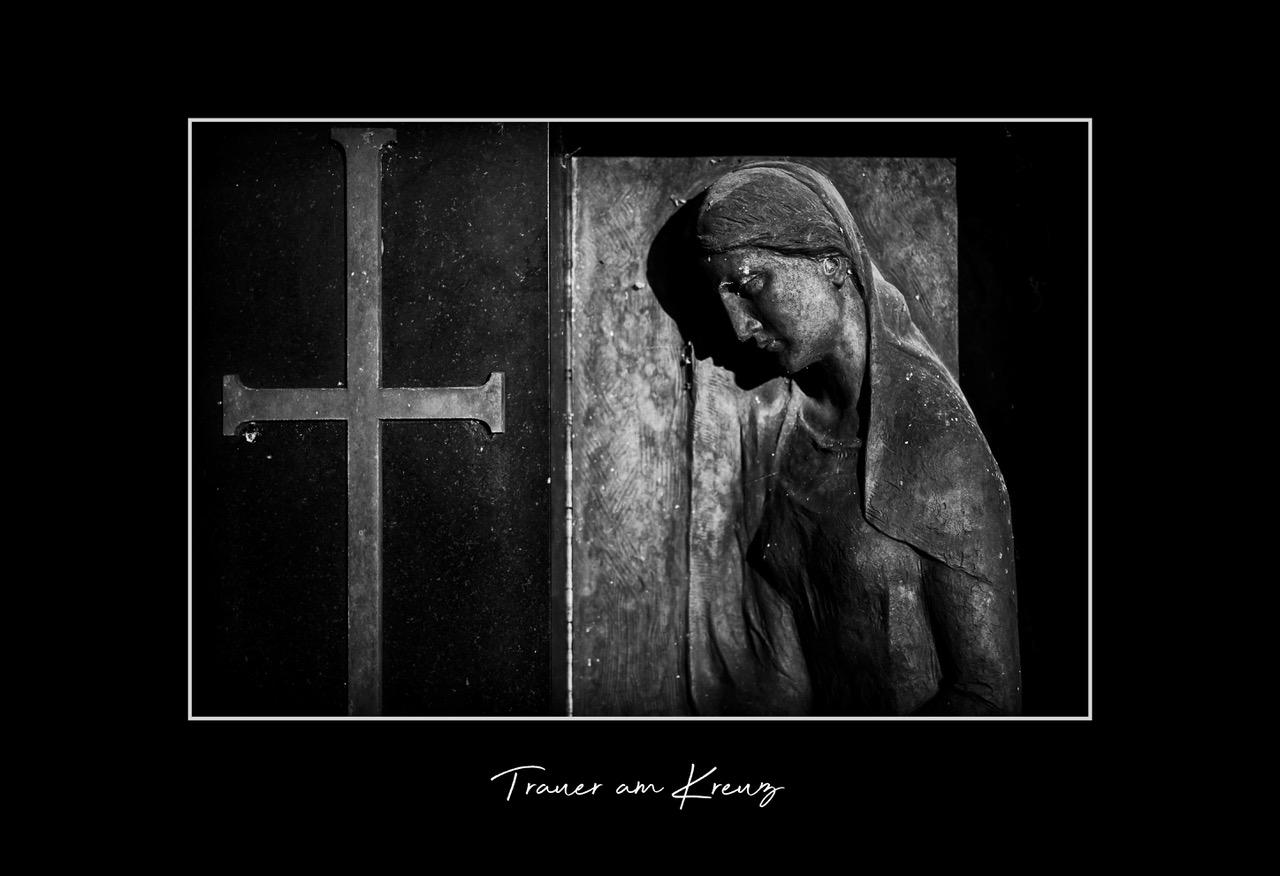 2019-11-trauer-am-kreuz
